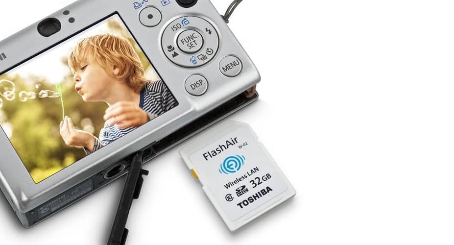 Kuvat kamerasta talteen langattomasti – Toshiba WiFi FlashAir asiakastestissä