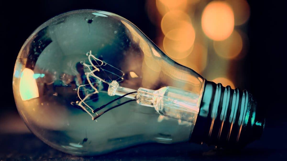 Valaistuksella ratkaisuja arkisiin ongelmiin – Katso 5 yllättävän kätevää valaisinta!